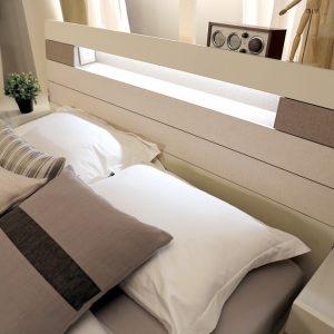 Giường ngủ 1.8M Souffle